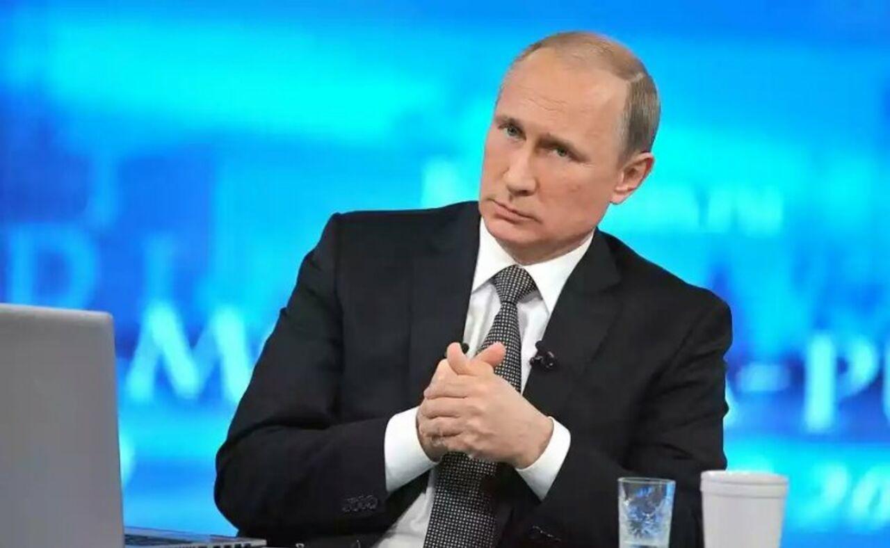 Путин пообещал лично заехать наразговор к создателю вопроса на«Прямую линию»