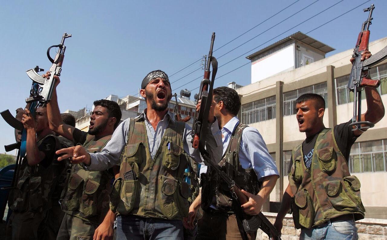 ВКС РФ уничтожили неменее 900 объектов сирийских боевиков занеделю