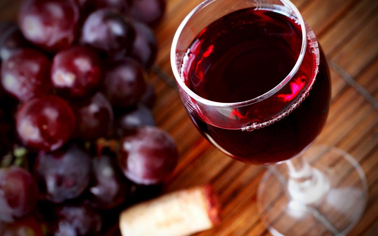 Ученые узнали, какое вино полезно для здоровья