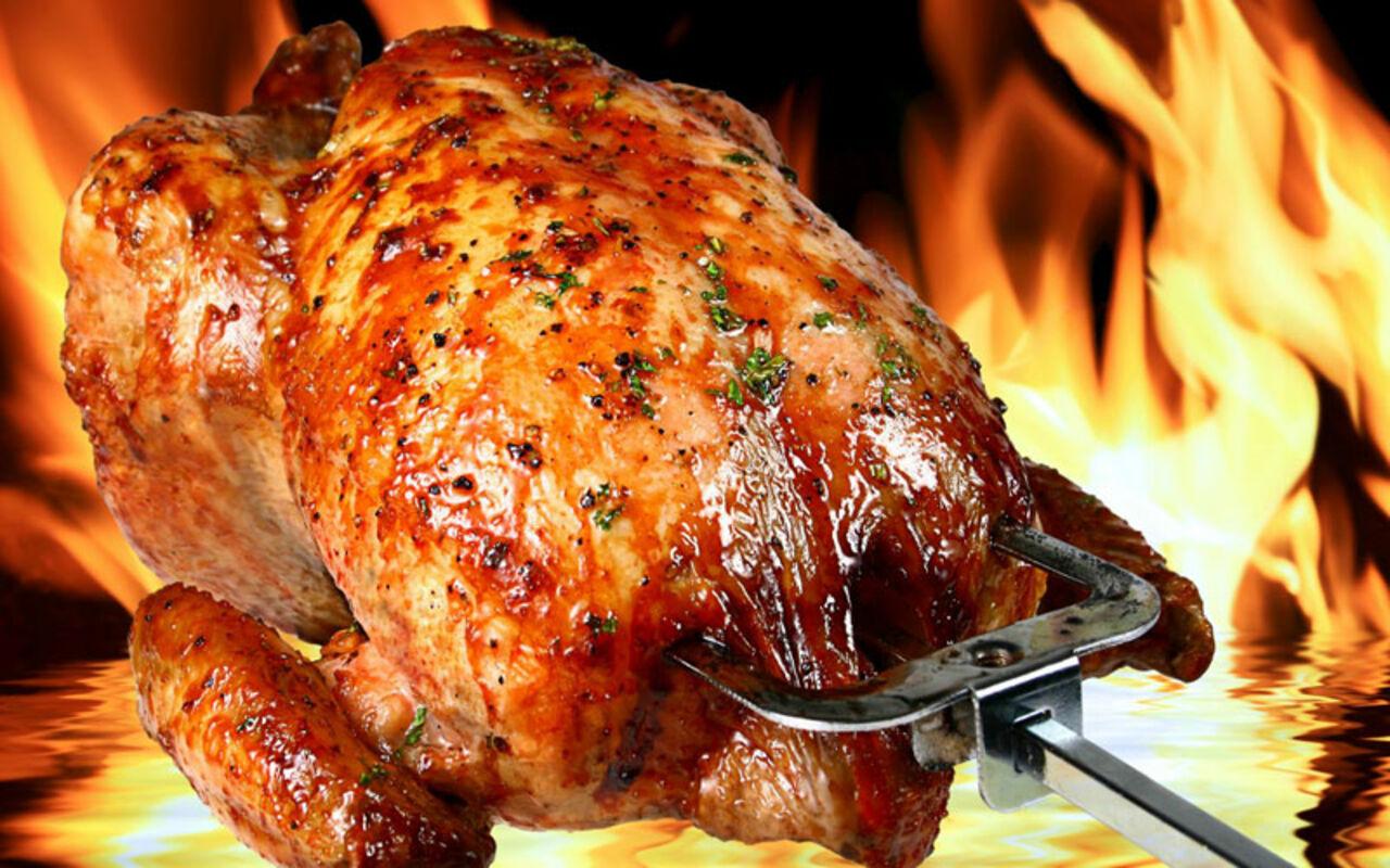 Компания Tyson Foods испытает неменее щадящий метод оглушения кур— США