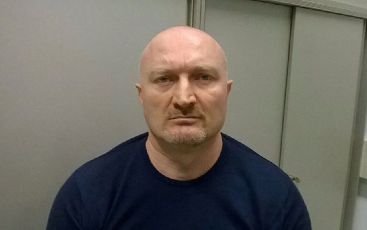 Обвиняемого в60 убийствах несмогли вернуть в Российскую Федерацию из-за аэрофобии