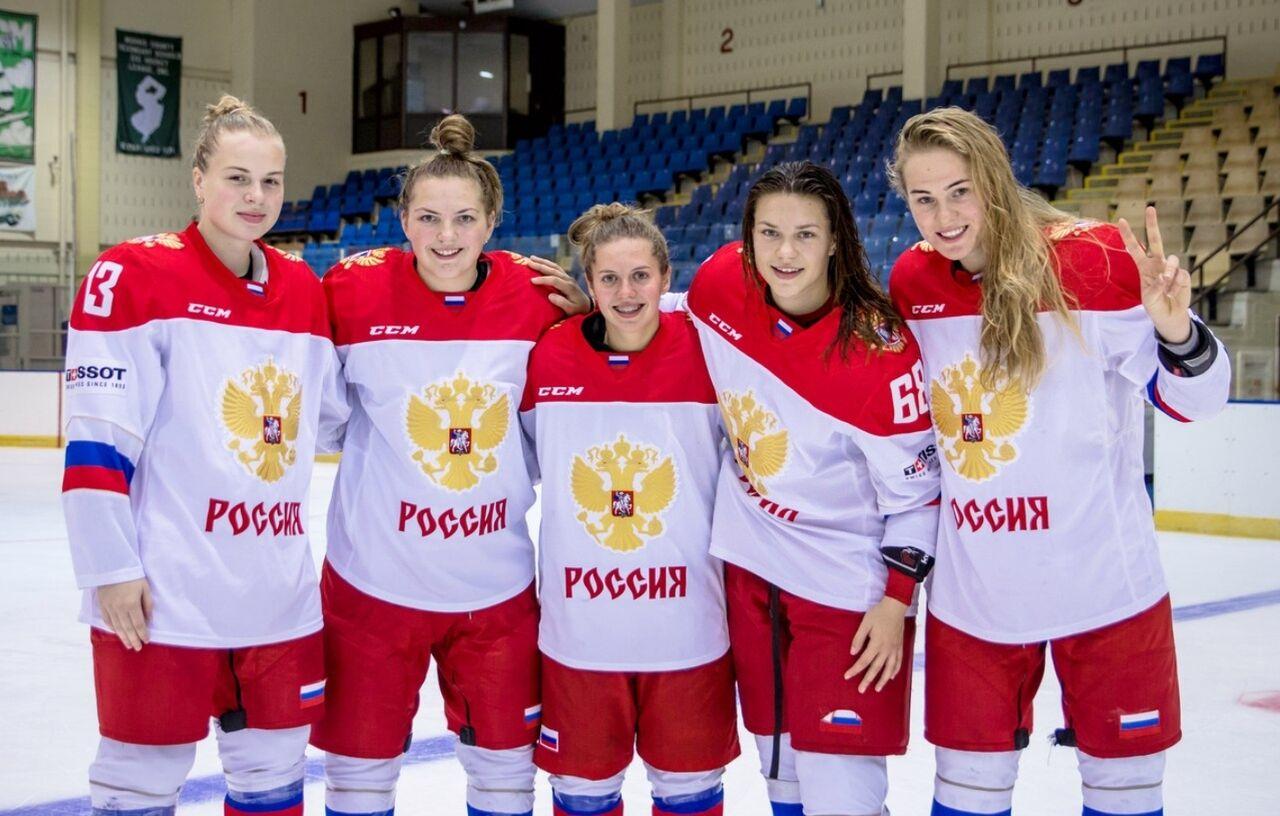 Допинг-офицеры сорвали тренировку женской сборной Российской Федерации похоккею