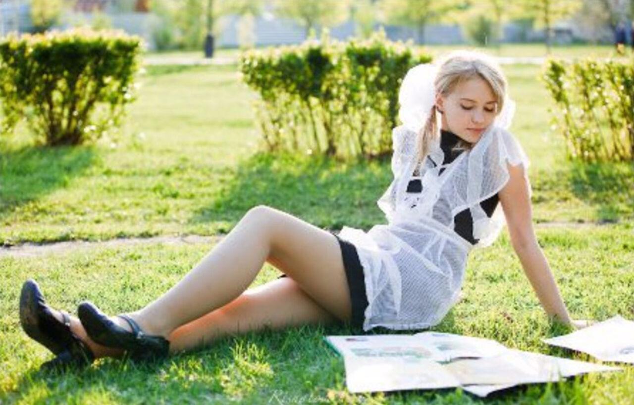 фото школьницы выложили