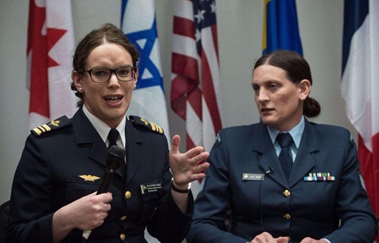 Пентагон рассмотрит возможность работы трансгендеров вштаб-квартире