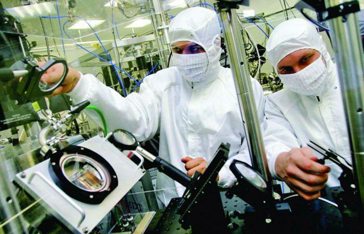 Ученые вКалифорнии создали первую вмире нанорыбку