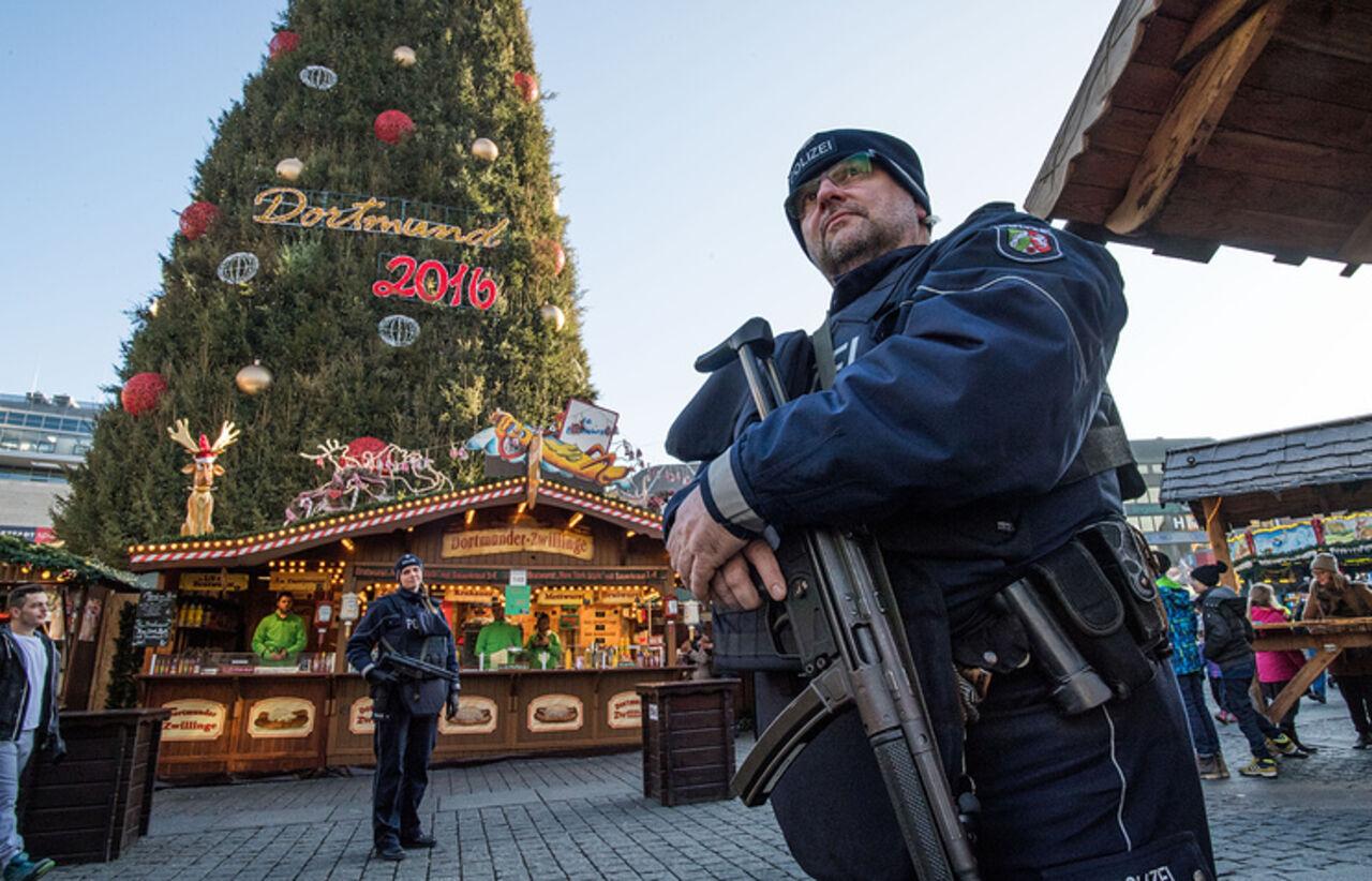Немецкая милиция ведет розыск нового подозреваемого впричастности ктеракту вБерлине