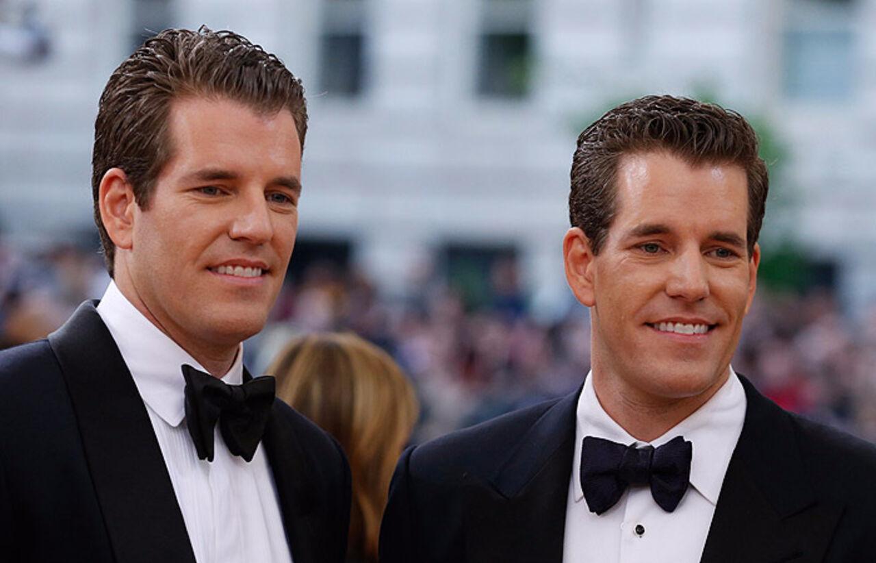 Братья-близнецы стали первыми биткоиновыми миллиардерами