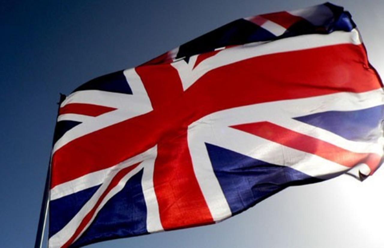 Все из-за Франции. Выход Британии изЕС откладывается