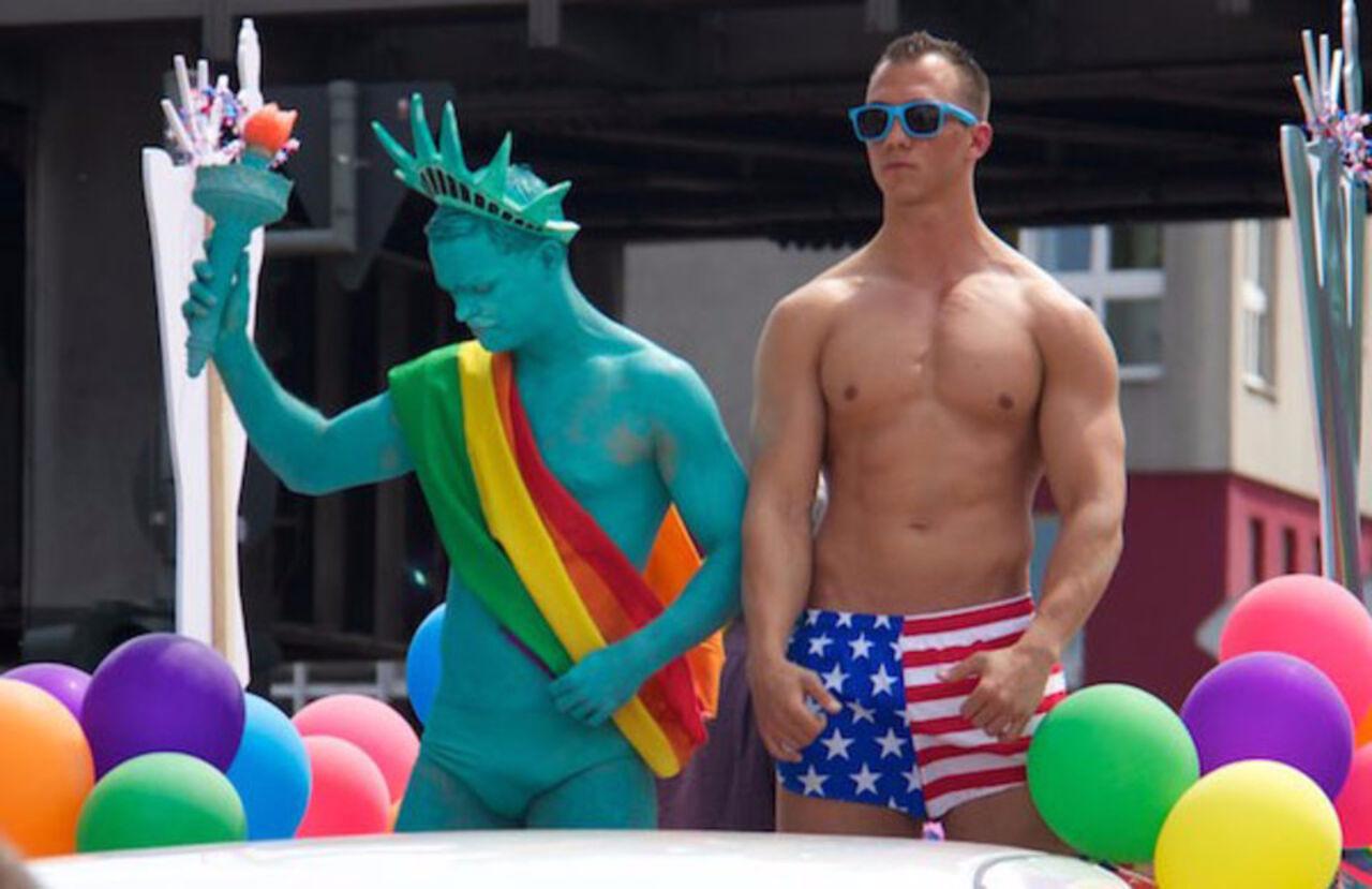 Ведь однажды в россии гей клуб Тихона