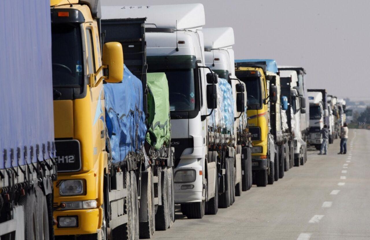 Киев иМосква договорились овозвращении фургонов