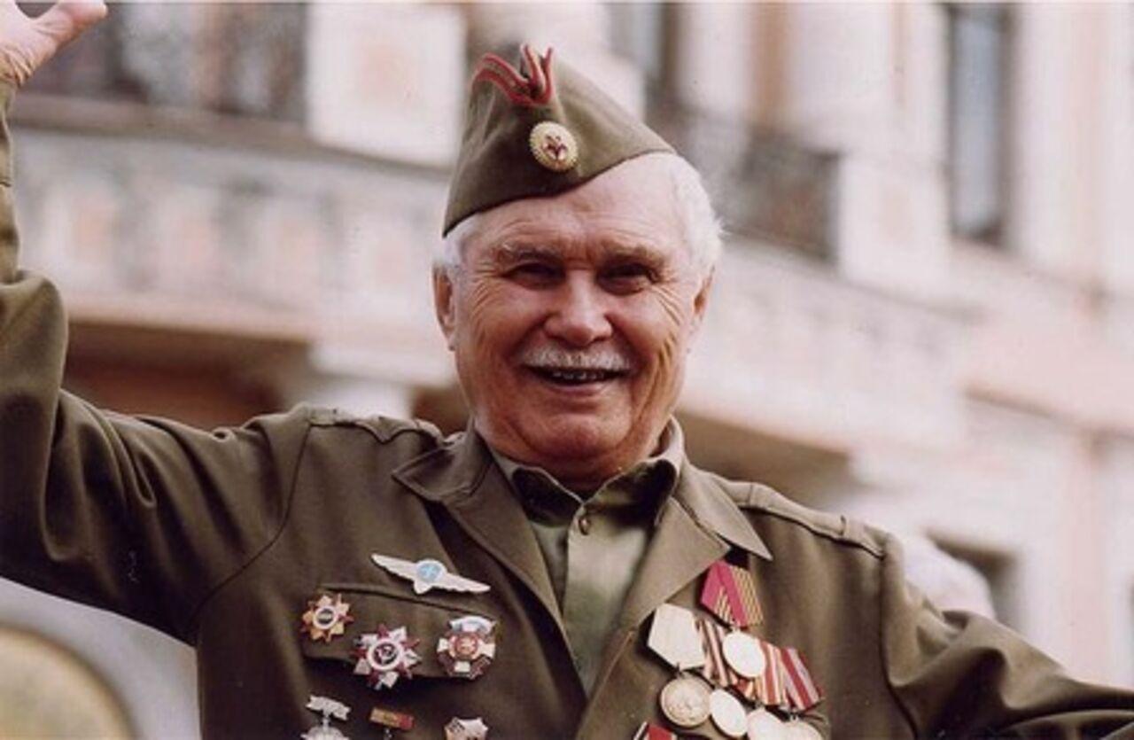 skachat-minusovku-veteranam-minuvshey-voyni