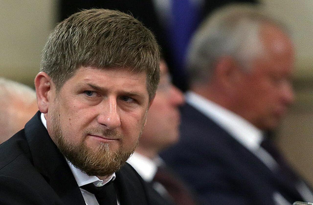 Кадыров: Мои дочери неснимут хиджаб вшколе