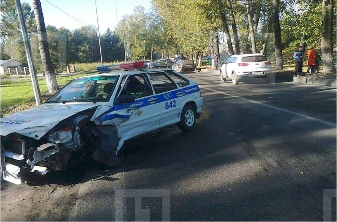 Дорожные полицейские вНовокузнецке разбились, догоняя нарушителя