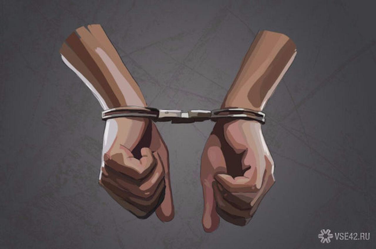 Гражданин Кузбасса кинул вполицейского нож