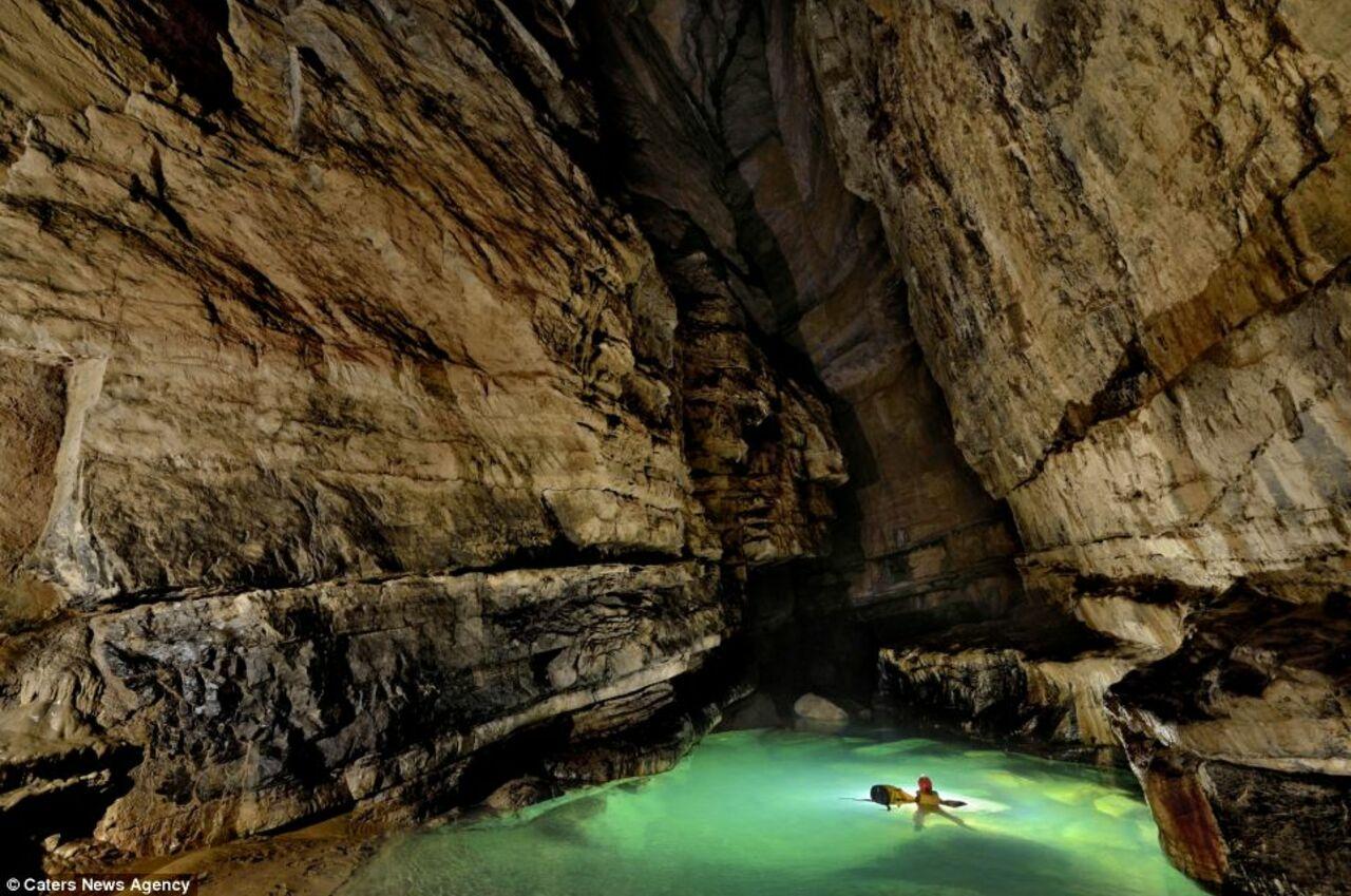 Секс около пещеры 14 фотография