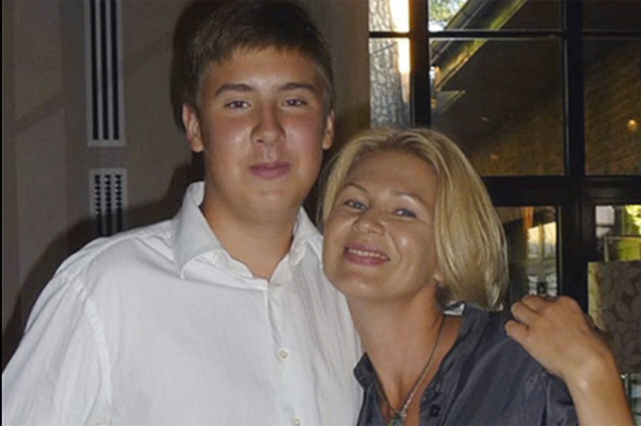 Син трахаєт жестока свою мать 21 фотография