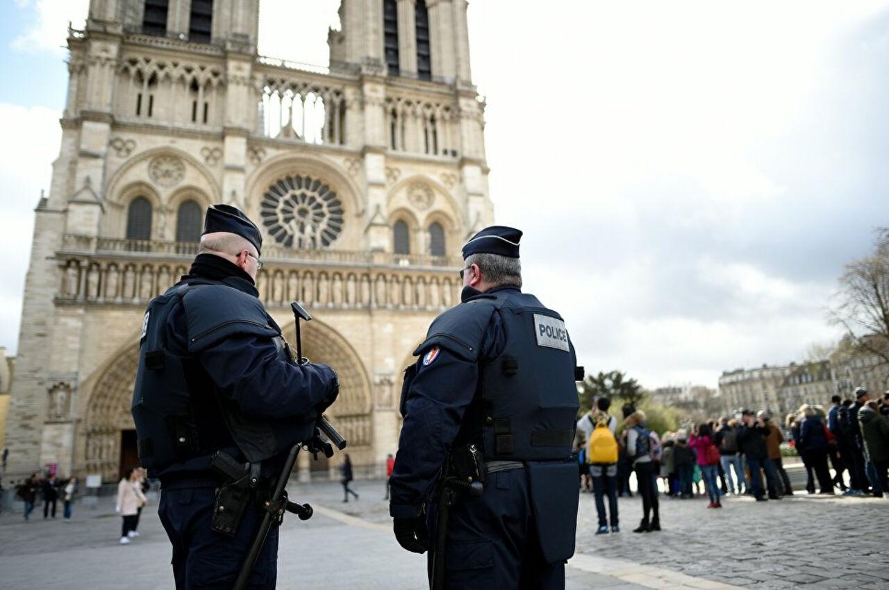В школе во Франции расстреляли людей