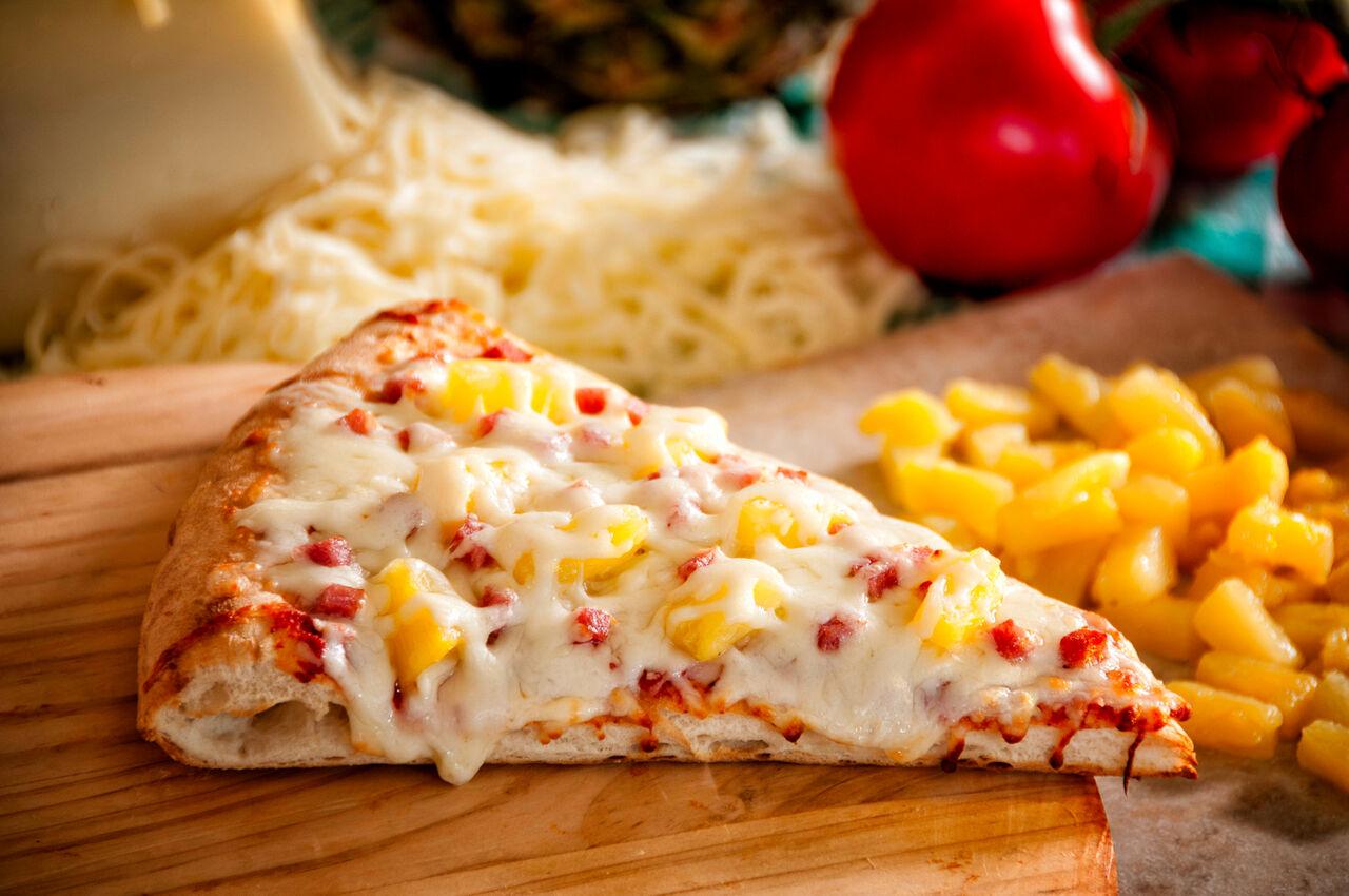 ВКанаде скончался создатель гавайской пиццы