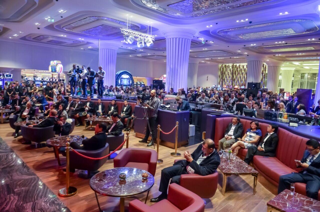 казино хрустальный тигр официальный сайт