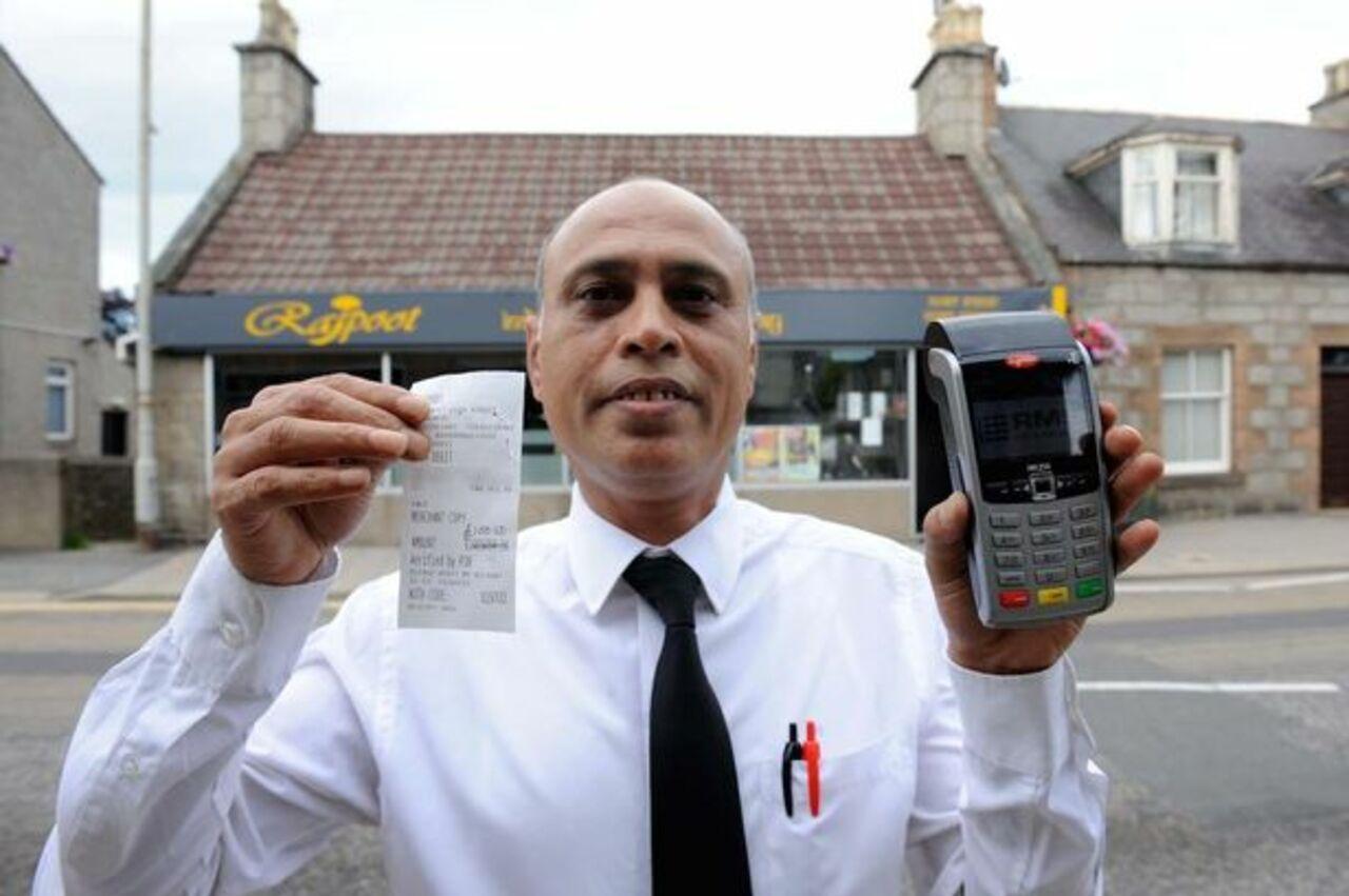 В Англии гость ресторана расплатился заужин 1 млн фунтов
