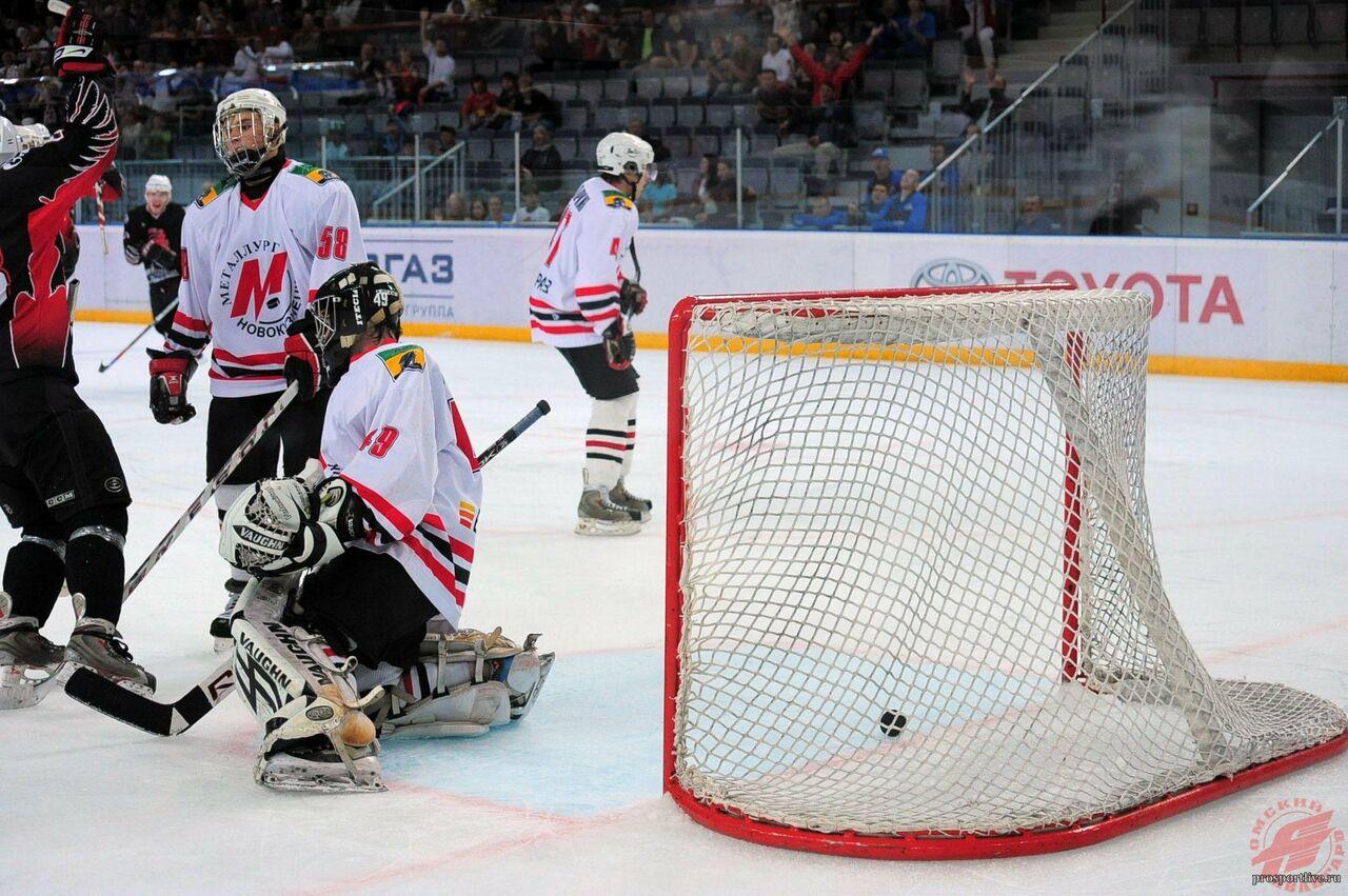 «Нуженли городу такой хоккей?»— Мэр Новокузнецка