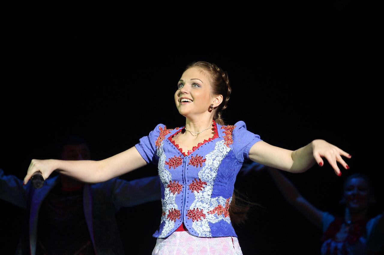 фото певиц русских песен народных