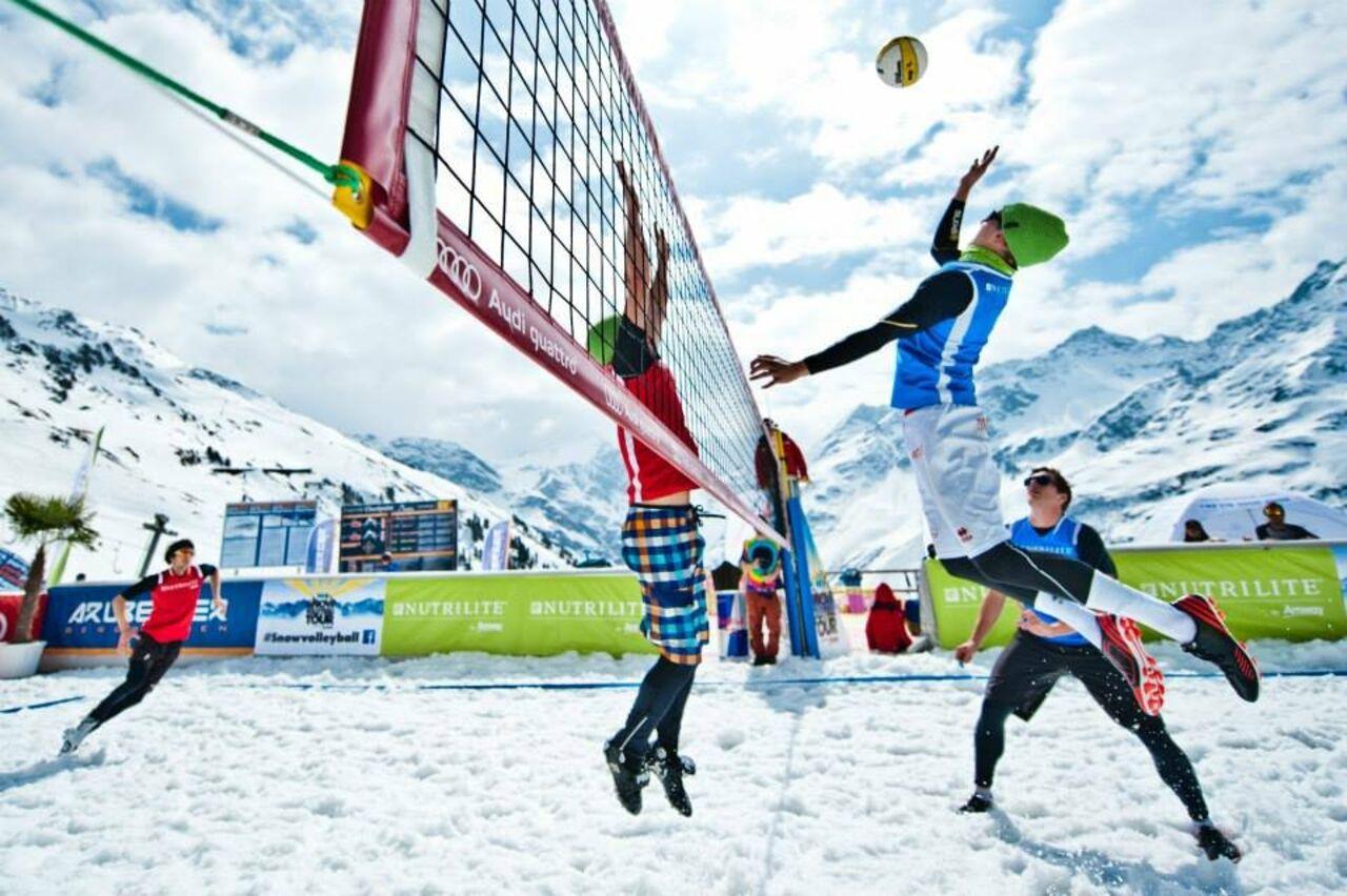 Волейбол наснегу признан вРоссии официальным видом спорта