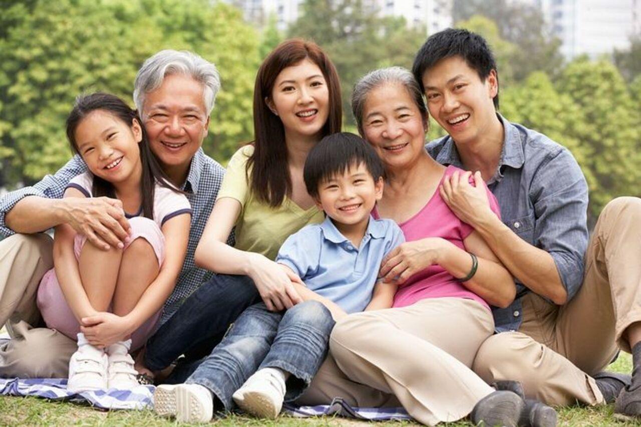 ВКитайской народной республике семья из500 человек сделала общее фото