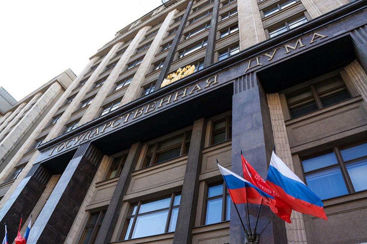 Медведев одобрил всеобщую бессрочную бесплатную приватизацию жилья