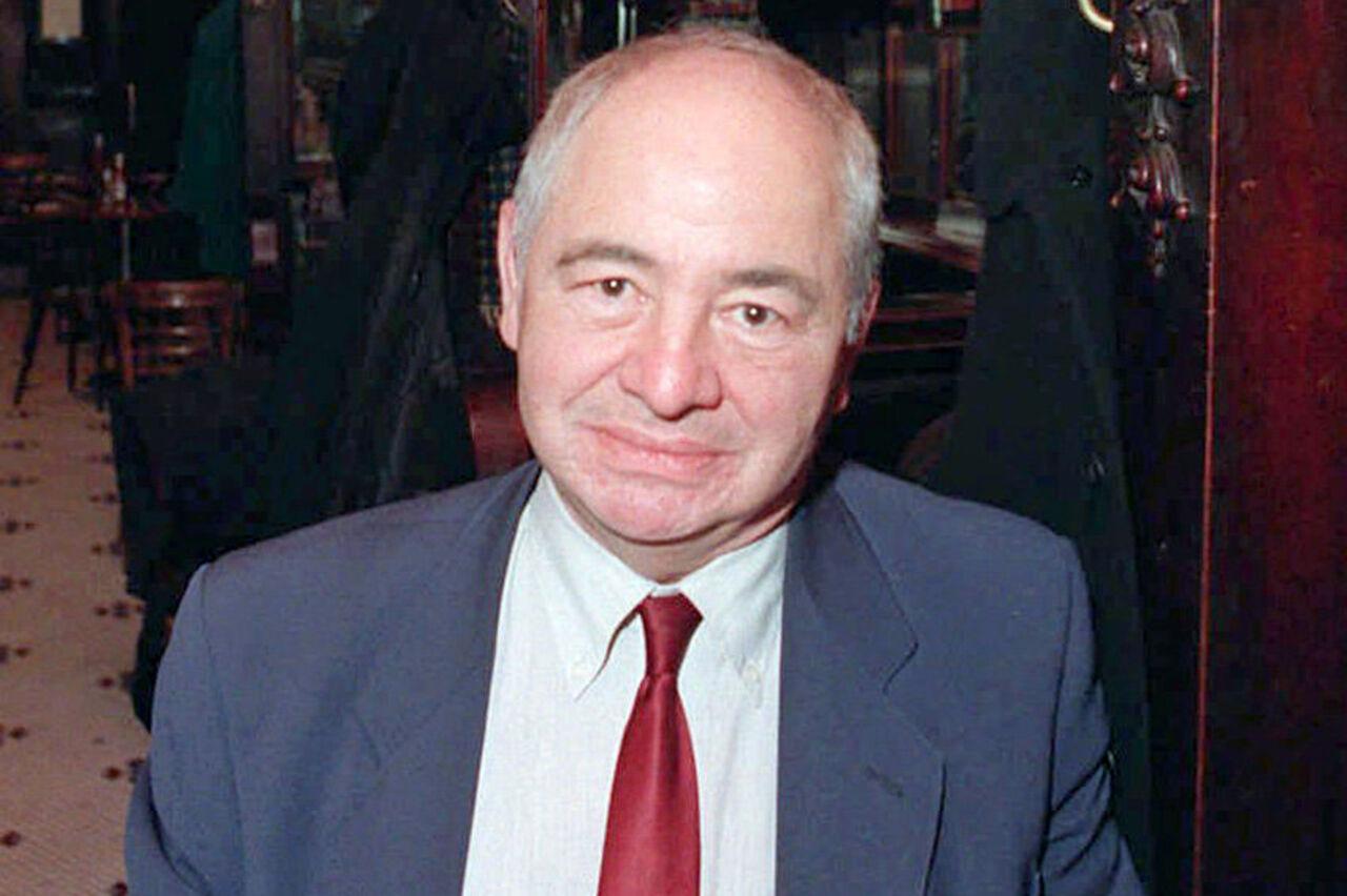 Скончался автор серии детективов обинспекторе Морсе Колин Декстер