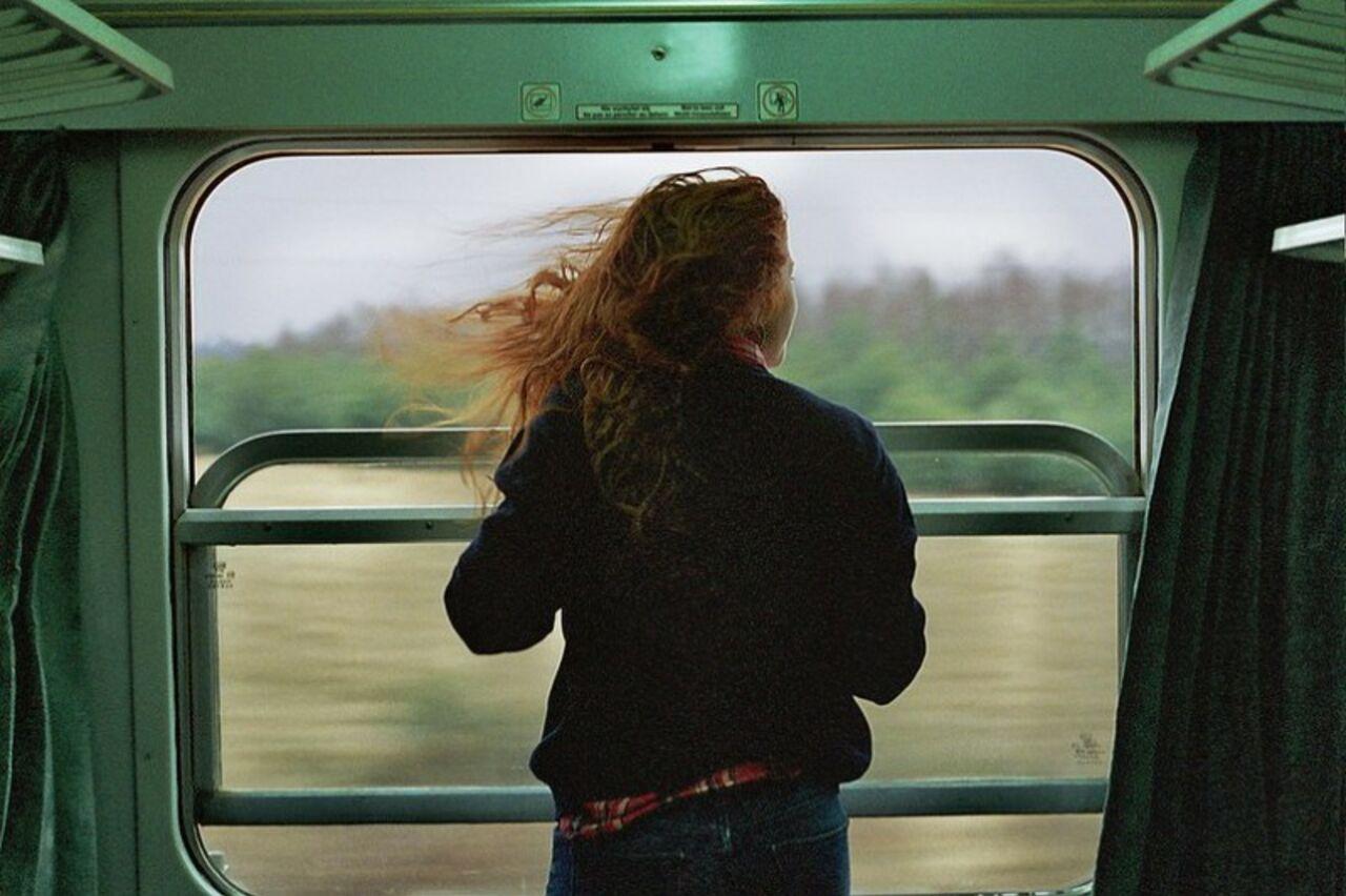 ВКузбассе отыскали 16-летнюю девочку, уехавшую напоезде кинтернет-возлюбленному