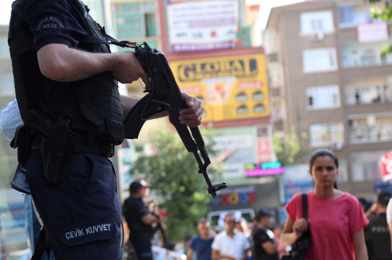 Турция перебросила ксирийской границе 80 единиц бронетехники