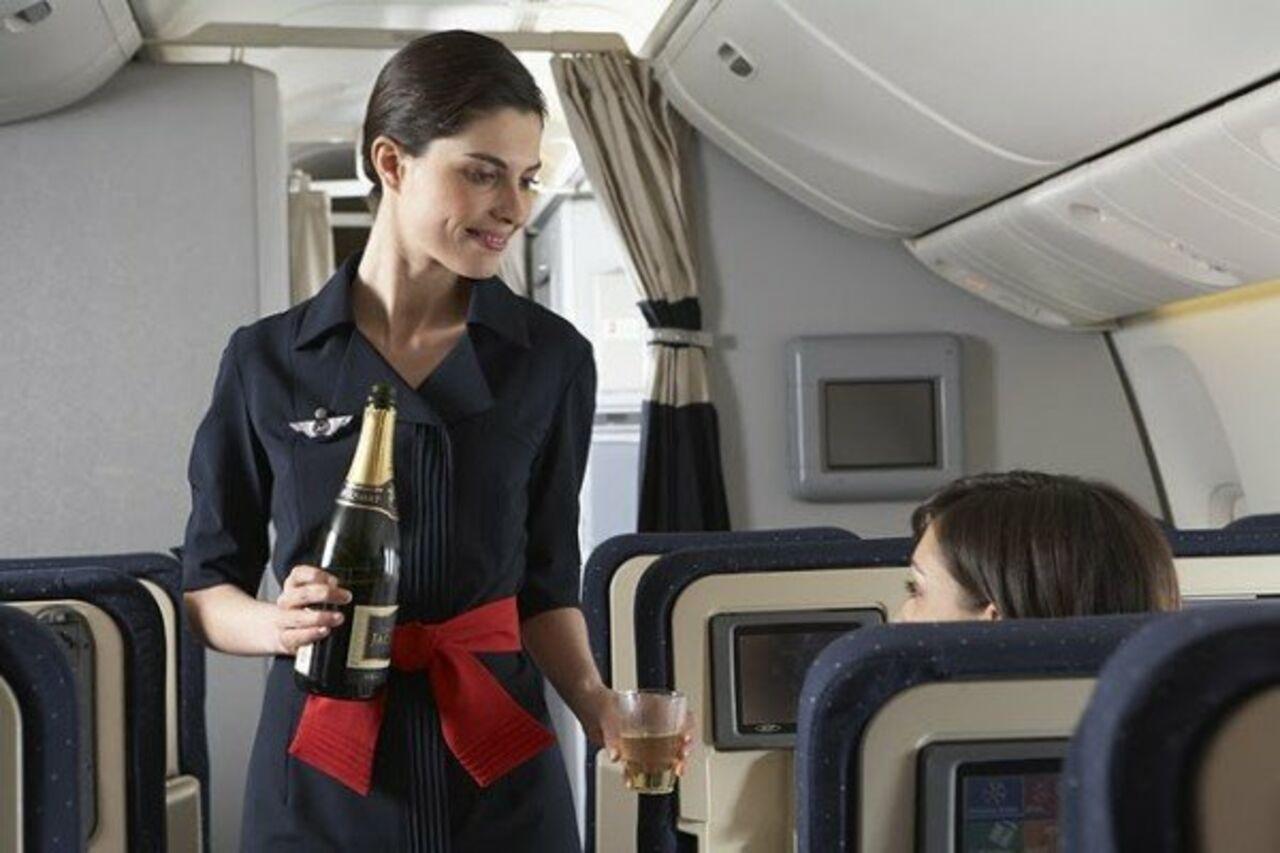 Фото самых красивых стюардесс 8 фотография