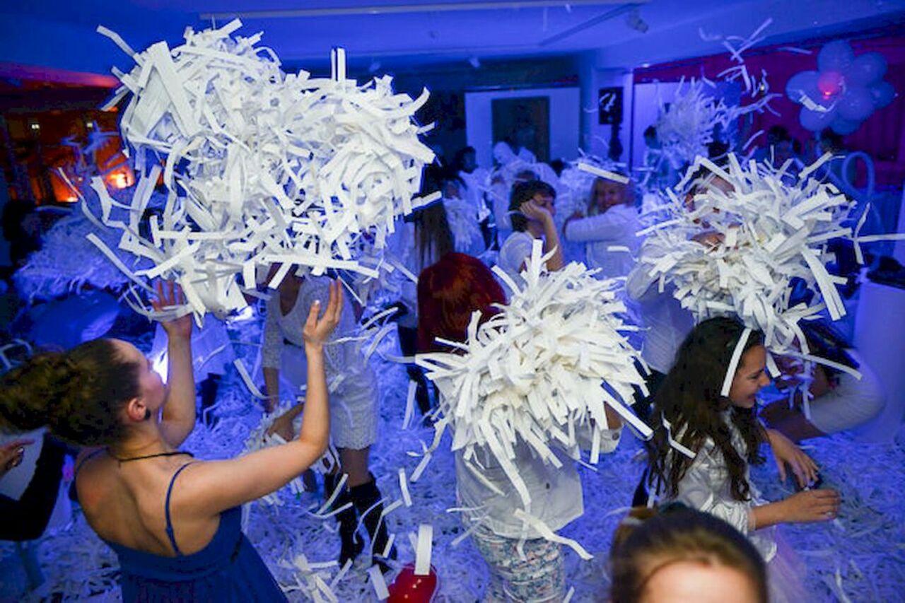 Шоу на вечеринках 6 фотография