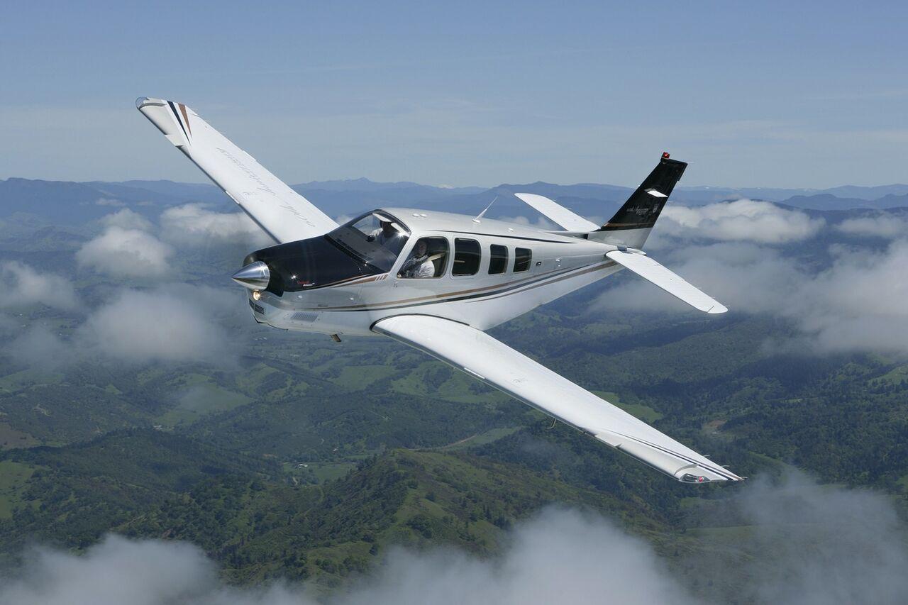 ВКанаде случилось крушение легкомоторного самолета