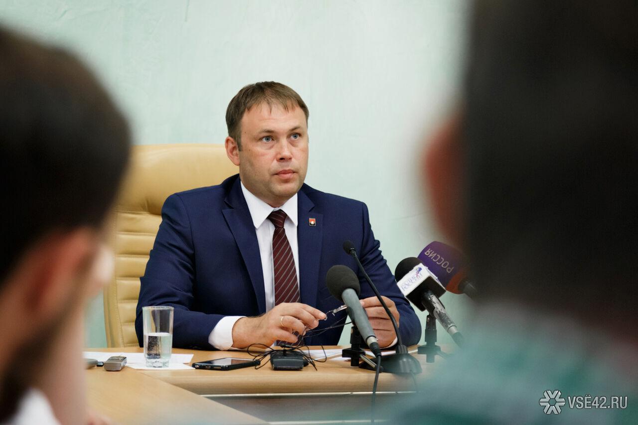 Мэрия Кемерова превысила плановые расходы науборку снега на40 млн— Середюк