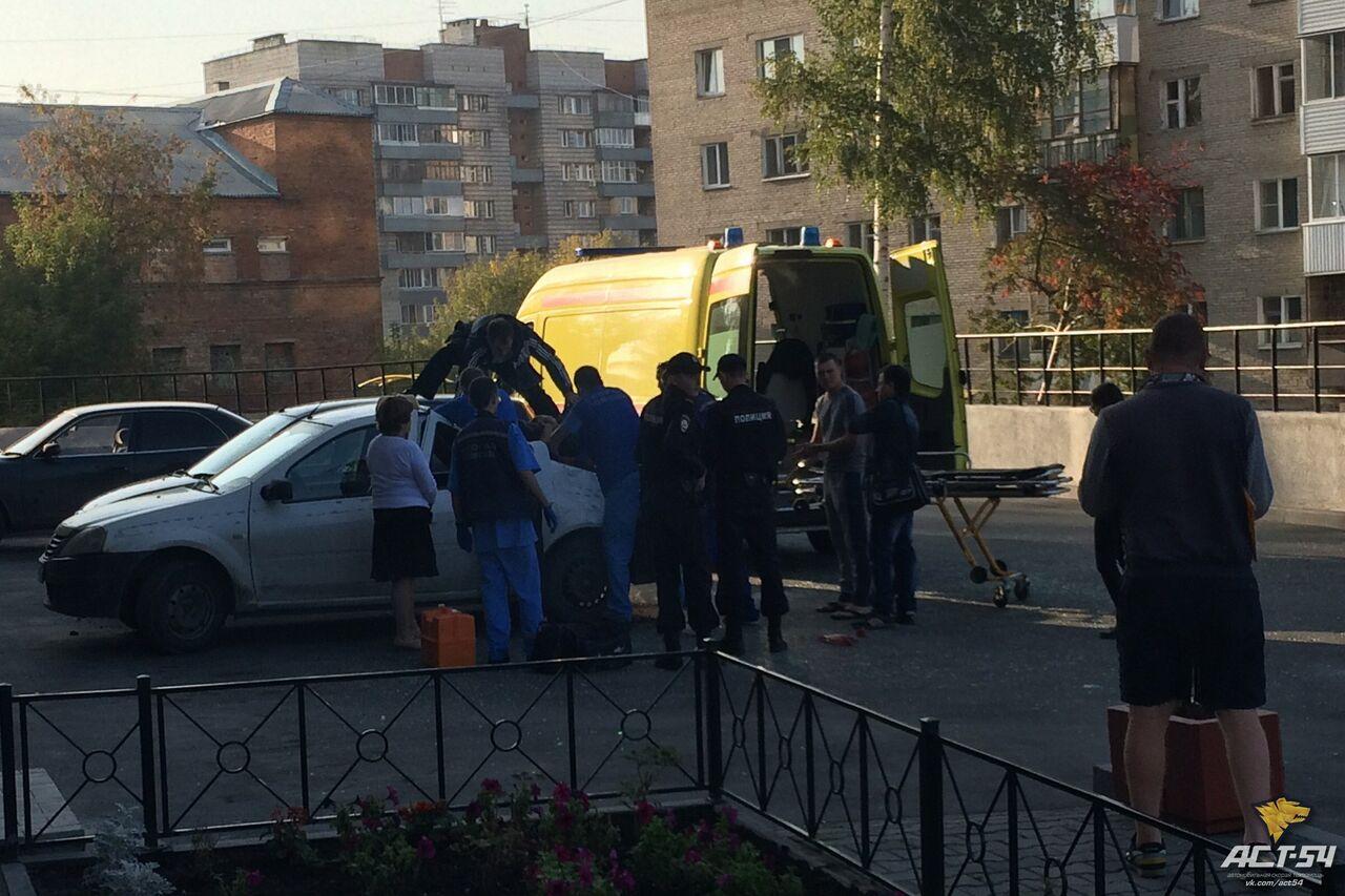 Новосибирский ребенок упал с23-го этажа намашину ивыжил