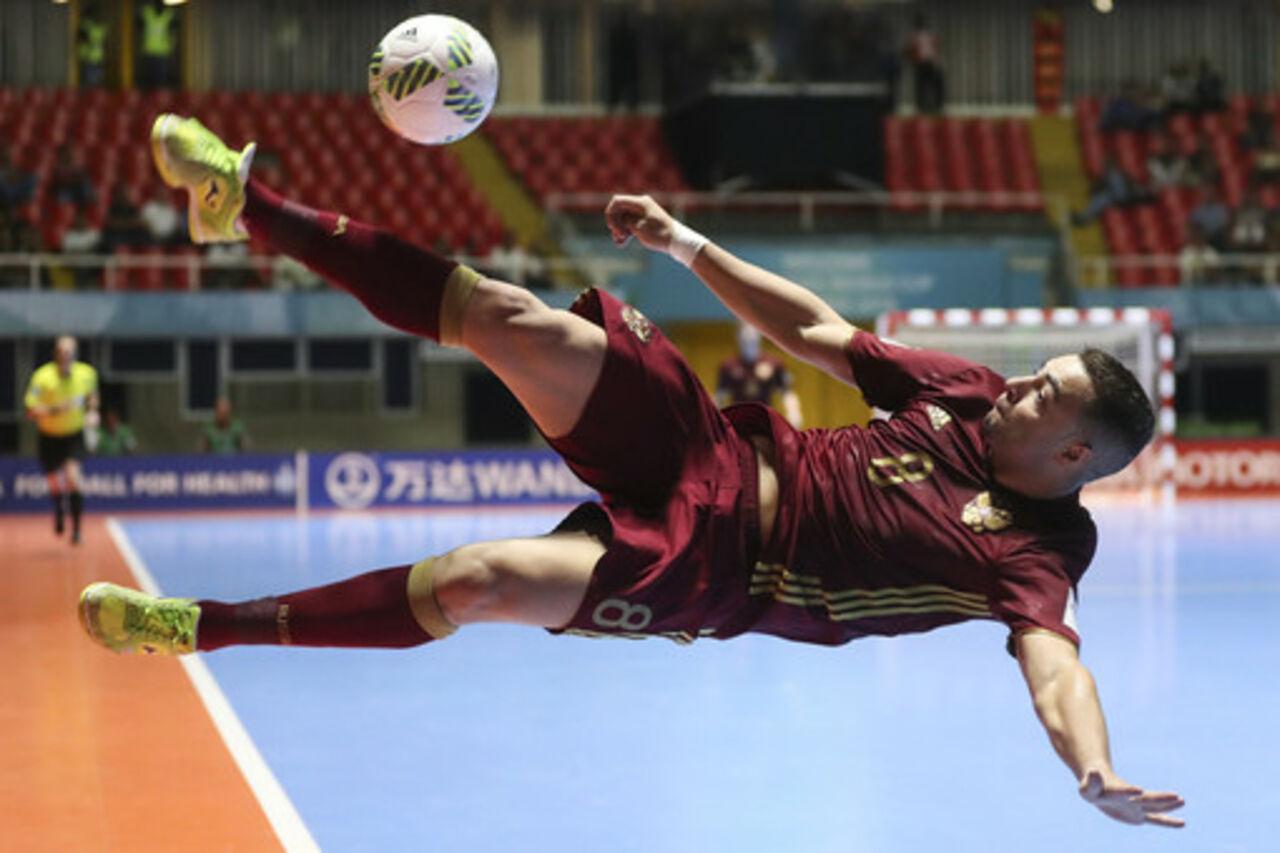 Сборная РФ по мини-футболу впервые в истории вышла в финал чемпионата мира