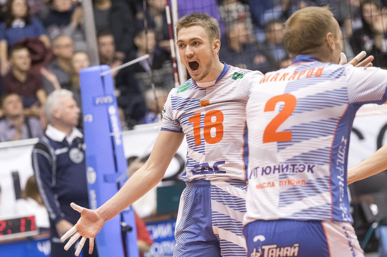 Волейболисты красноярского «Енисея» проиграли навыезде «Кузбассу»