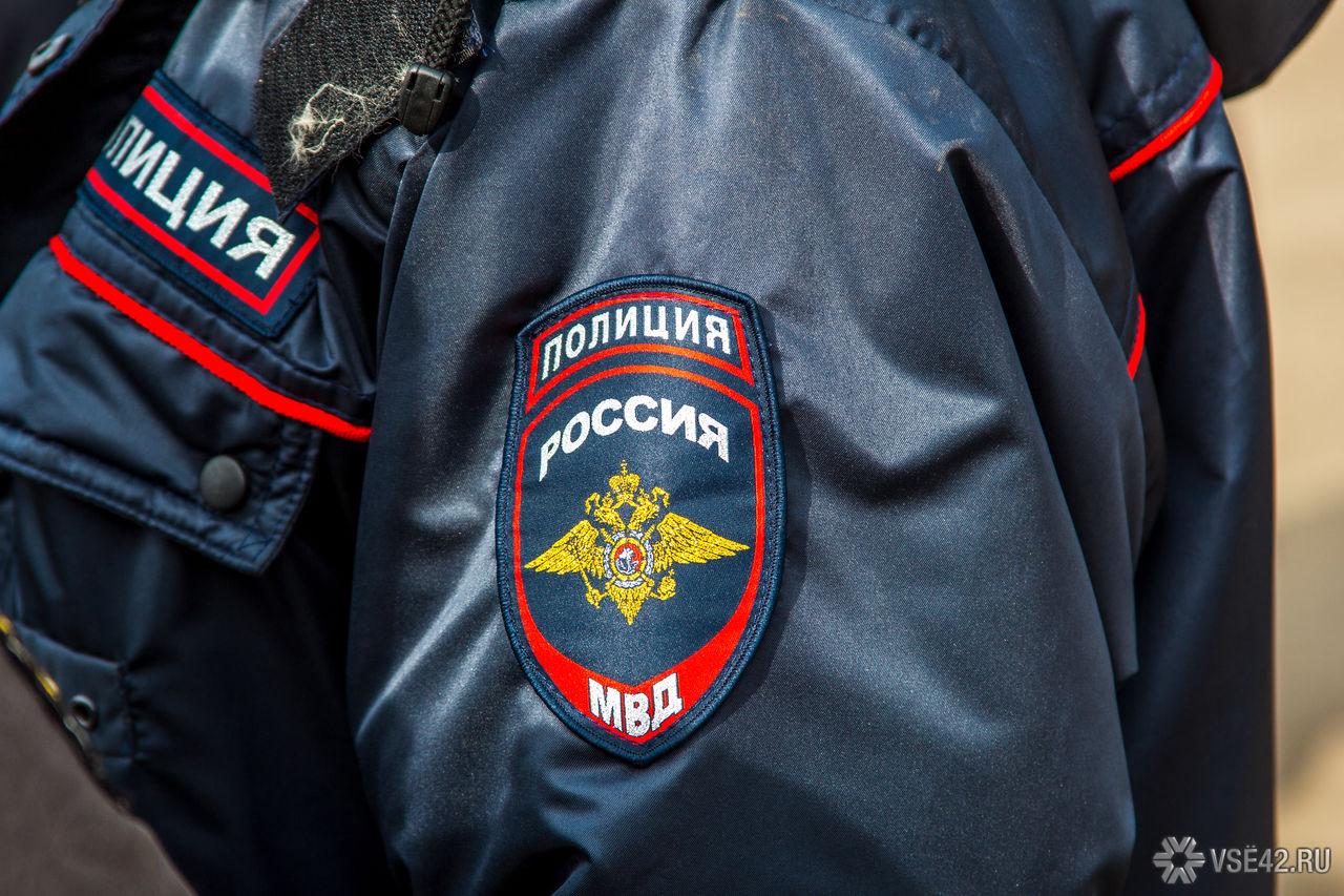 Полицейские Березовского спасли прохожего отобморожения— нетрезвый ибосой