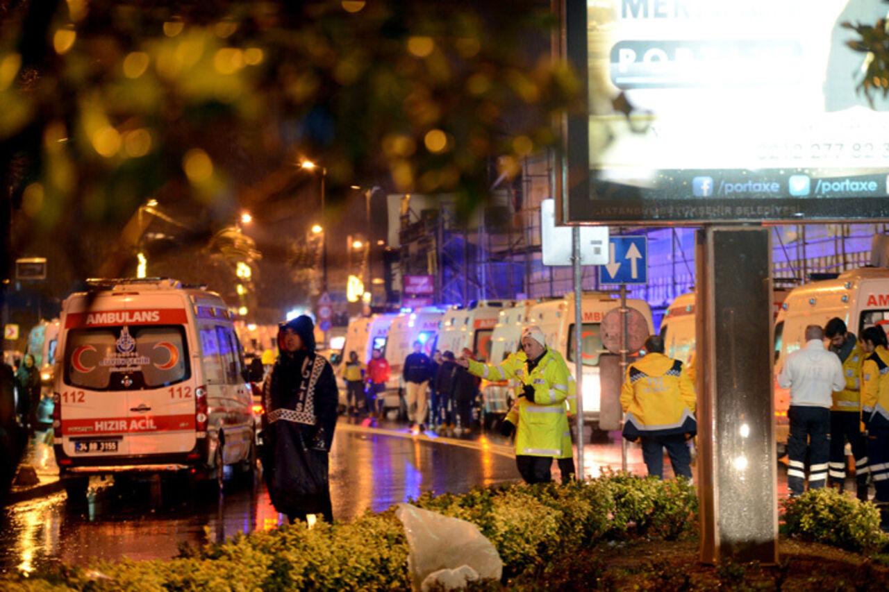 Власти проинформировали о ликвидации напавшего наночной клуб вСтамбуле террориста