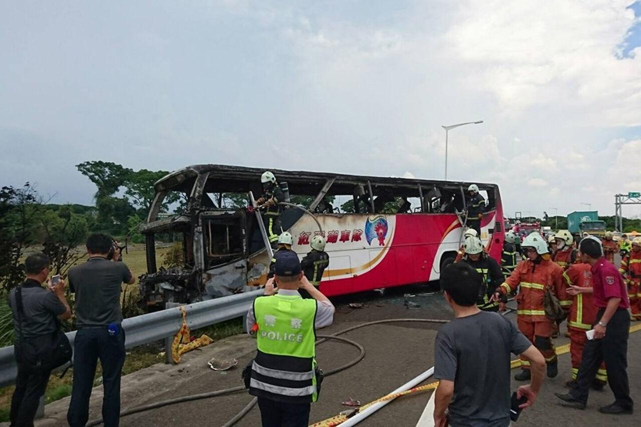 НаТайване вДТП стуристическим автобусом погибли 32 человека