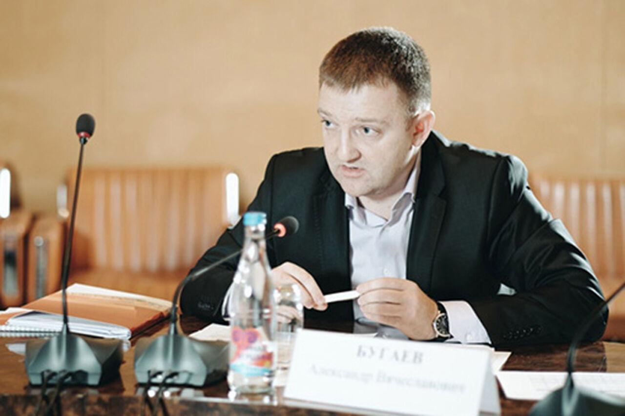 Медведев утвердил Бугаева управляющим Росмолодежи
