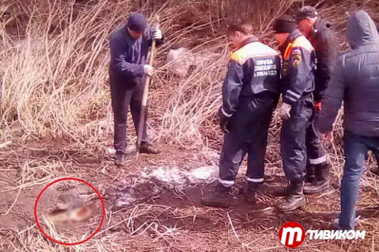 ВУлан-Удэ рыболовы отыскали примерзшее кльдине тело женщины
