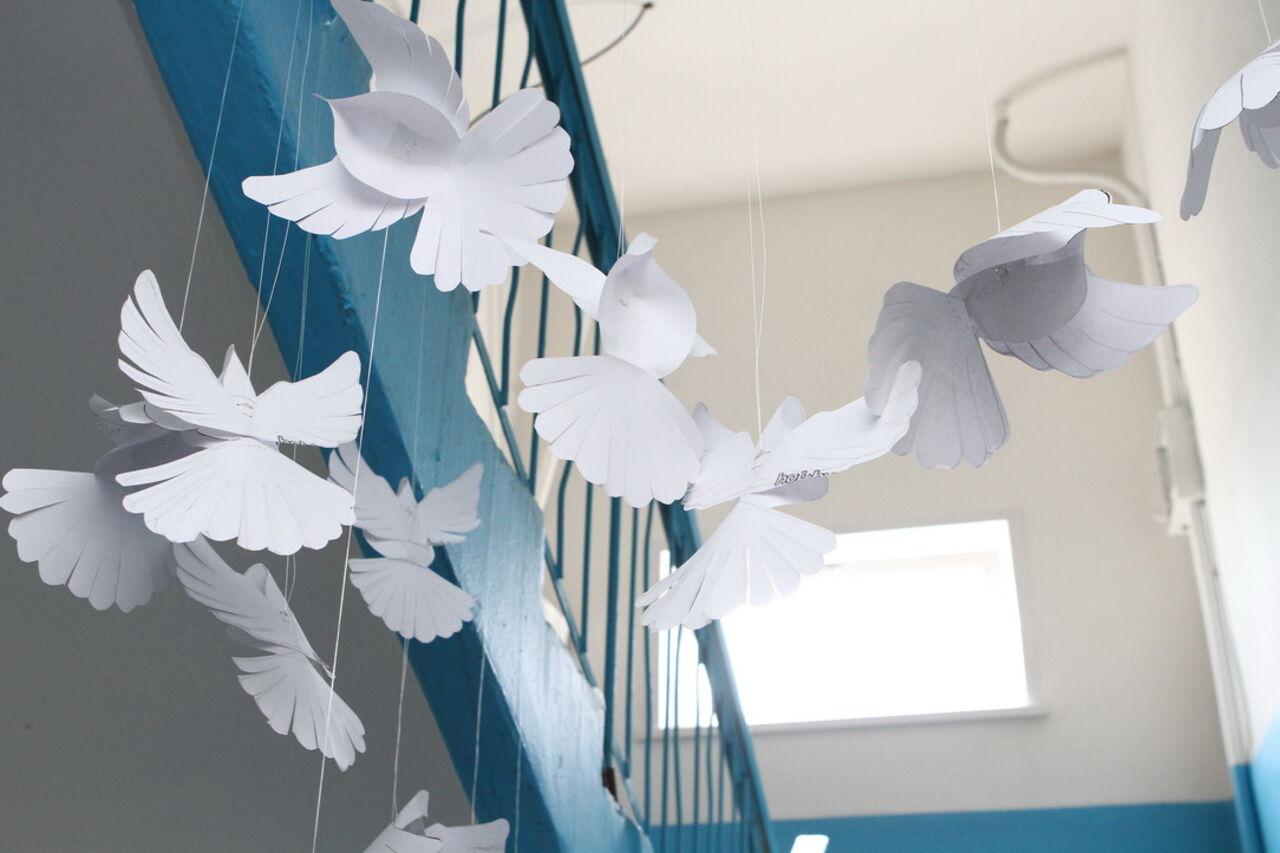 Голубь из бумаги. Делаем с ребенком бумажного голубя. Шаблон 74