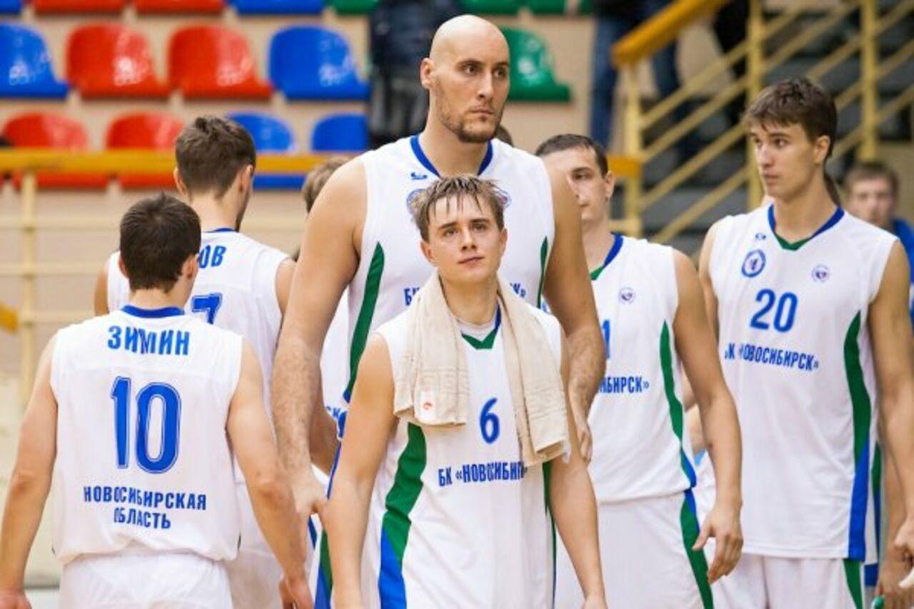 Новосибирец признан самым высоким мужчиной Российской Федерации
