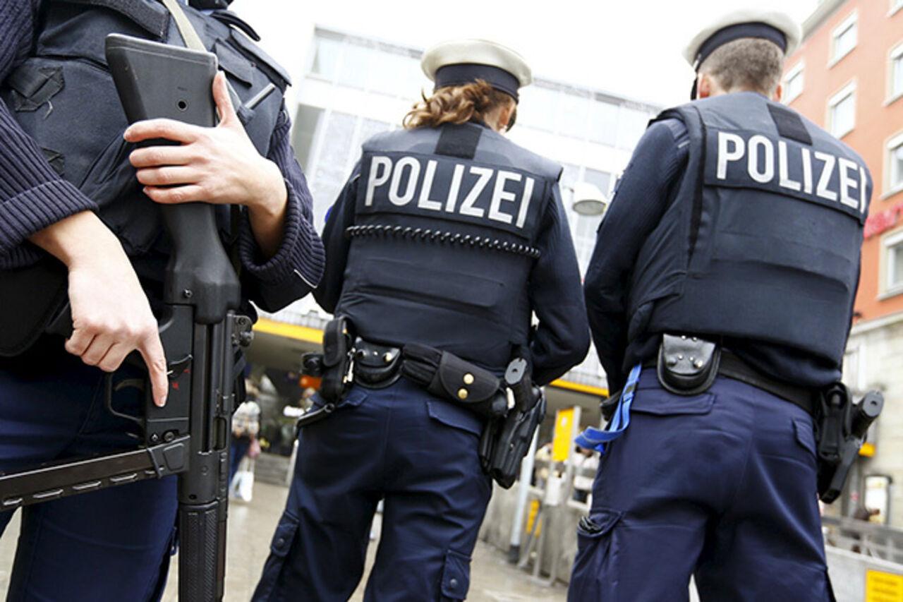 Стрельбу вМюнхене открыли изоружия полицейского