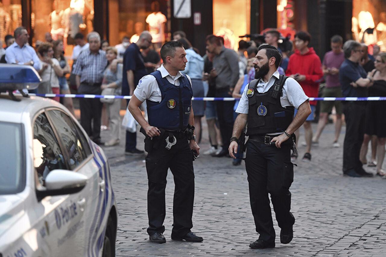 Задержаны четверо вероятных сообщников исполнителя теракта навокзале вБрюсселе