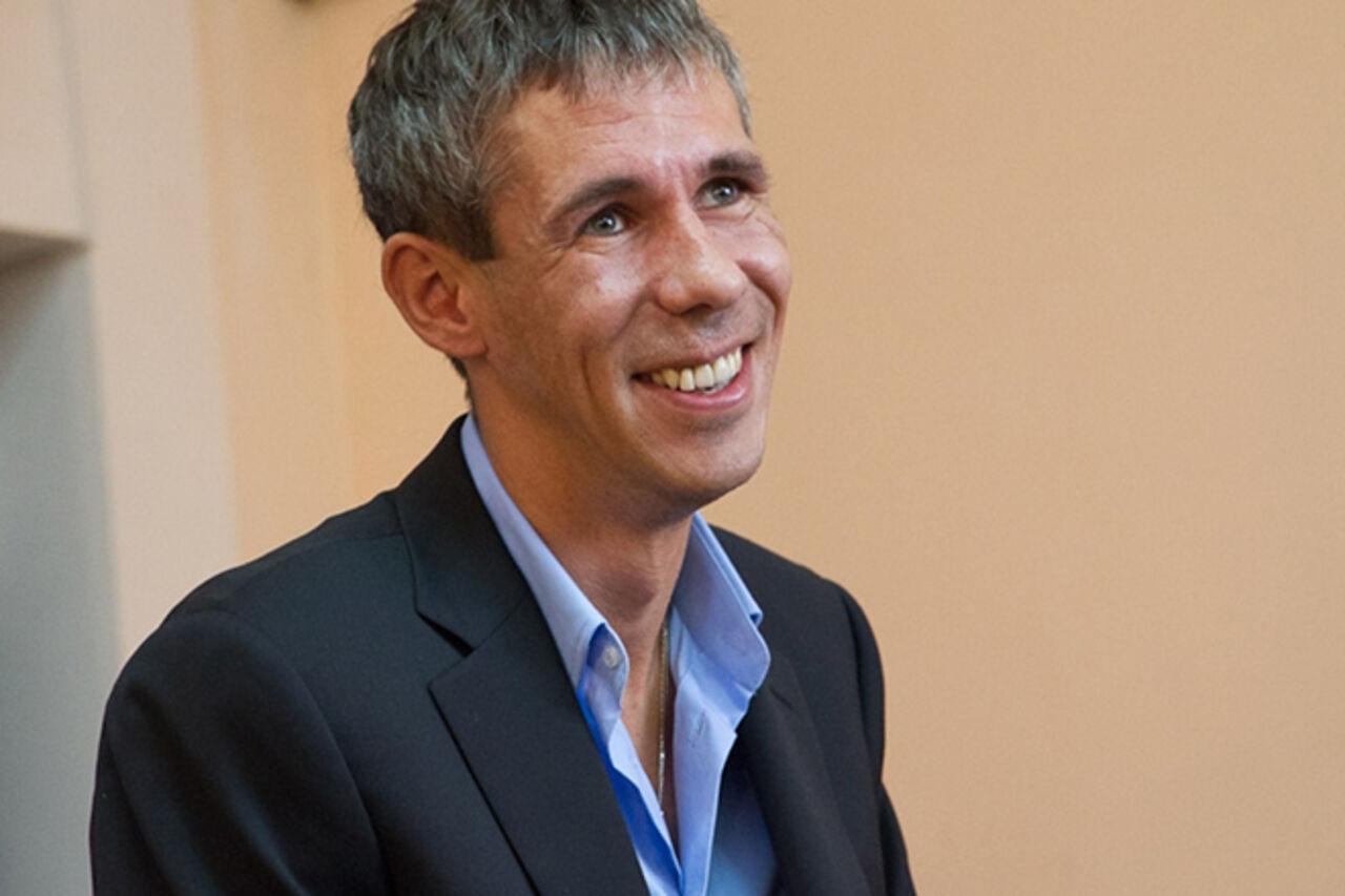 Артист Алексей Панин стал ведущим новостей