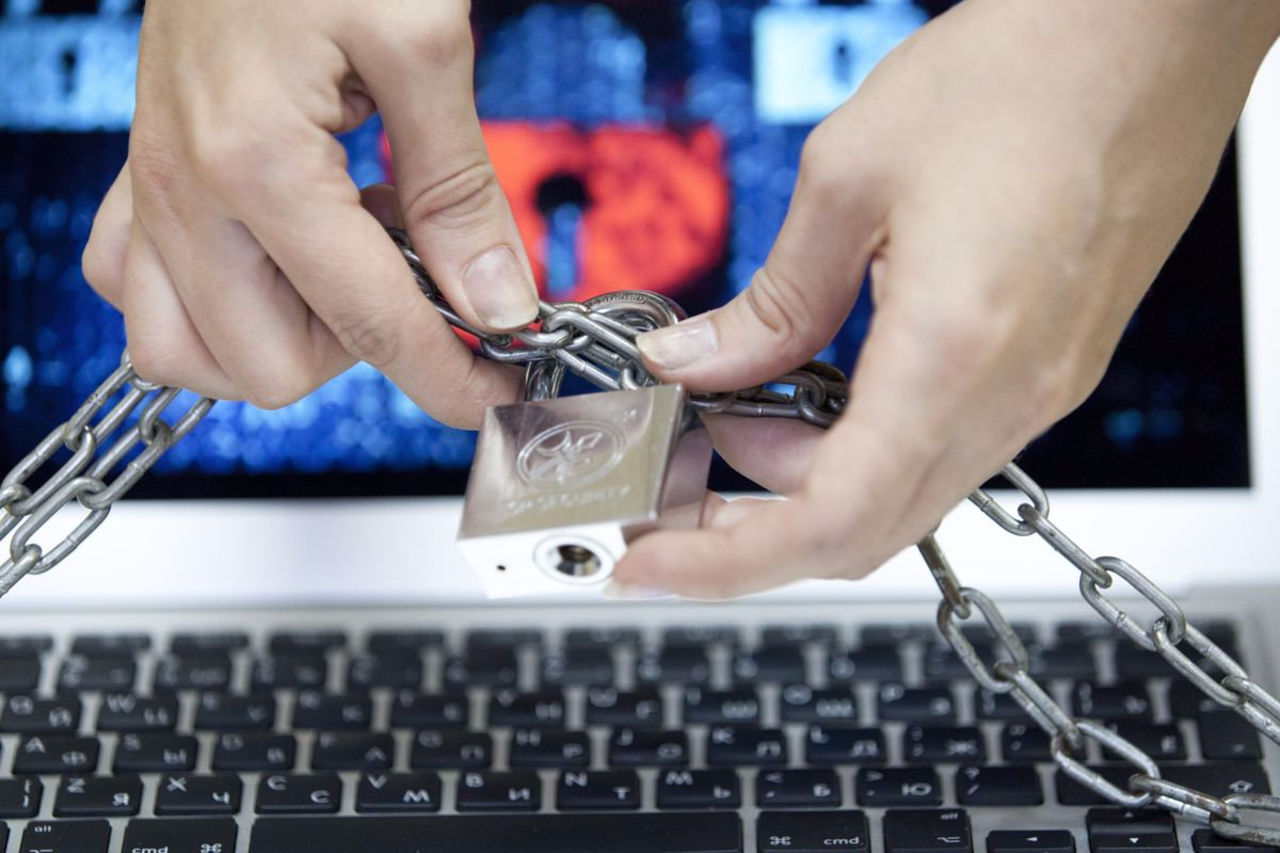 ФСБ иРоскомнадзор предупредили операторов связи онезаконности кэша Google